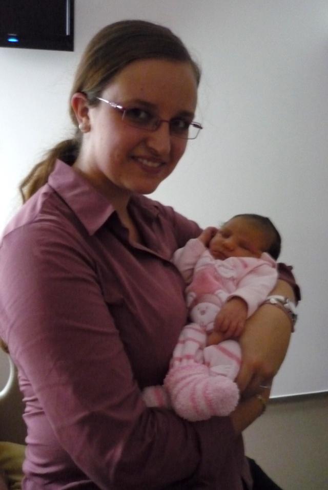 téa est arrivée :) félicitations mamandelina! P1020911
