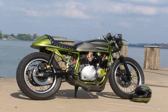Suzuk GS et GSX racer comme j'aime Gs100010