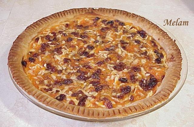 Tarte aux pommes, carottes et raisins Tarte_11