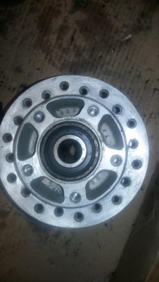 recherche moyeu roue avant softail héritage évo 20190918