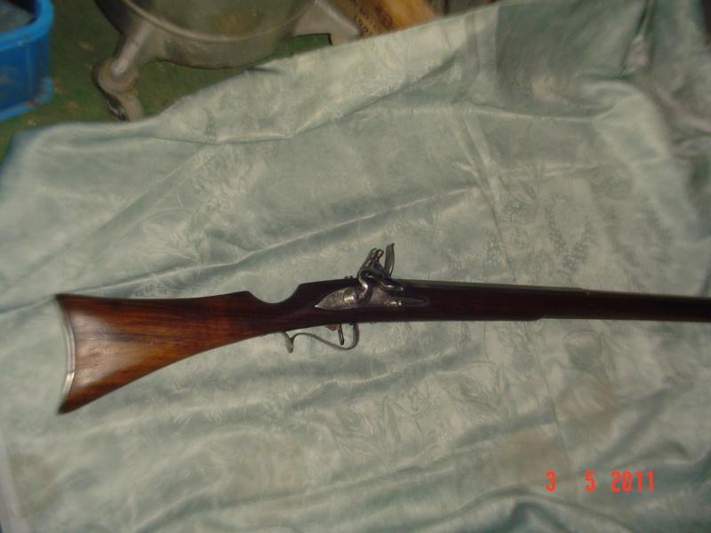 une restauration de fusil à mèche japonnais de 1678. Dsc00011