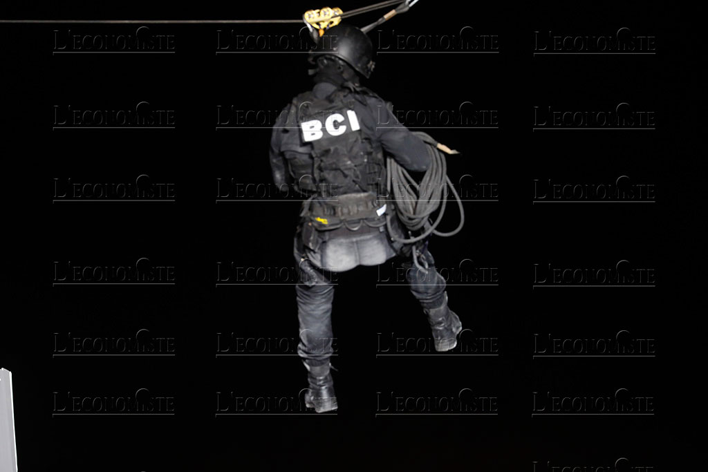 Moroccan Special Forces/Forces spéciales marocaines  :Videos et Photos : BCIJ, Gendarmerie Royale ,  - Page 16 Fete-p14