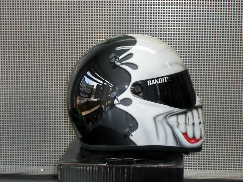 Casque Bandit helmets Grinse11