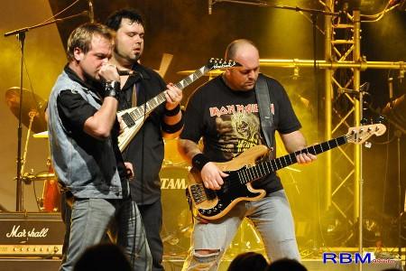 WILDBOARS (Tribute Iron Maiden & AC/DC) Wild210