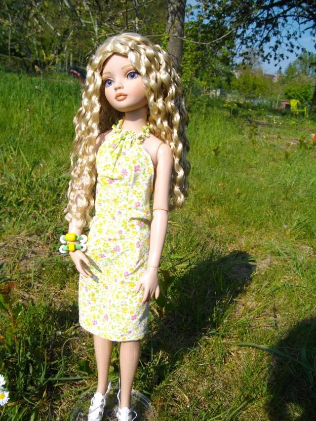 Essential Wigged Out three : Elerinna ou la femme aux deux visages ! et ses tenues Essent10