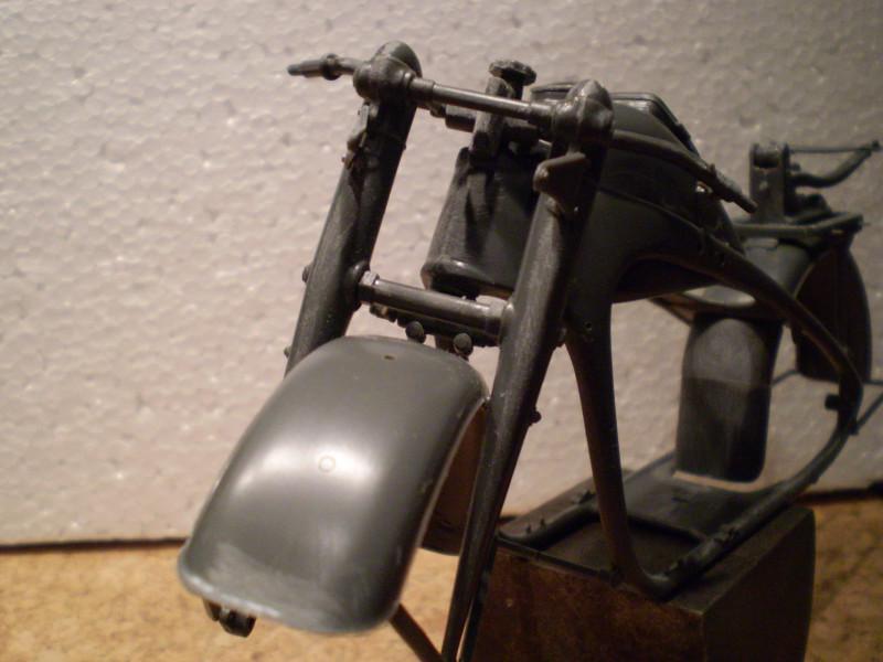 Zündapp mit Beiwagen      1:9 Za_00312
