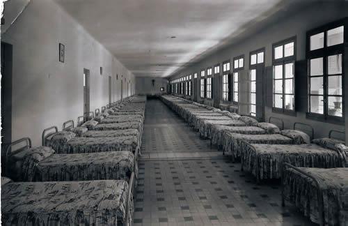Dormitorio de varones Dormit10