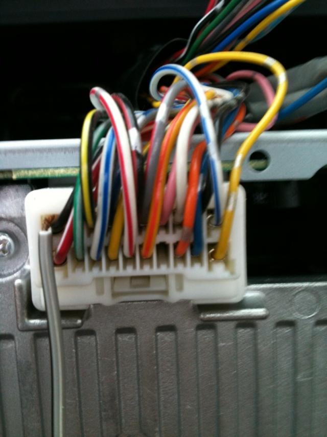 C-crosser: Ipod/iphone ecco i collegamenti da fare!! Img_0612
