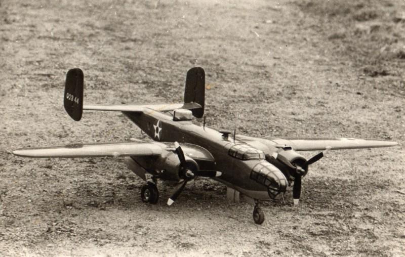 Mes maquettes volantes d'autrefois B_25_j10