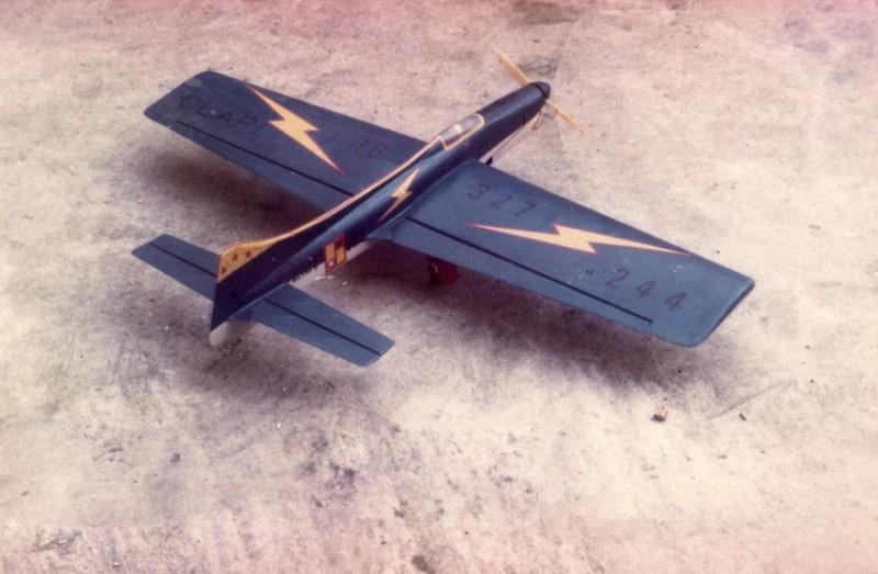 Mes maquettes volantes d'autrefois Vcc00210