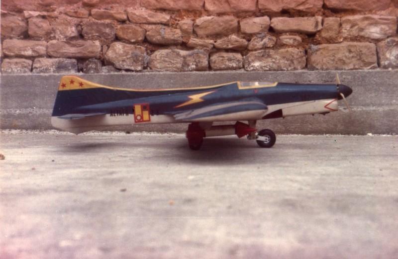 Mes maquettes volantes d'autrefois Vcc_2010