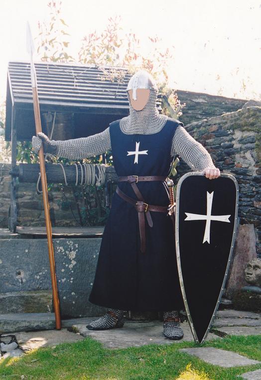 Costume HOSPITALIER début XIIIe Hospit12