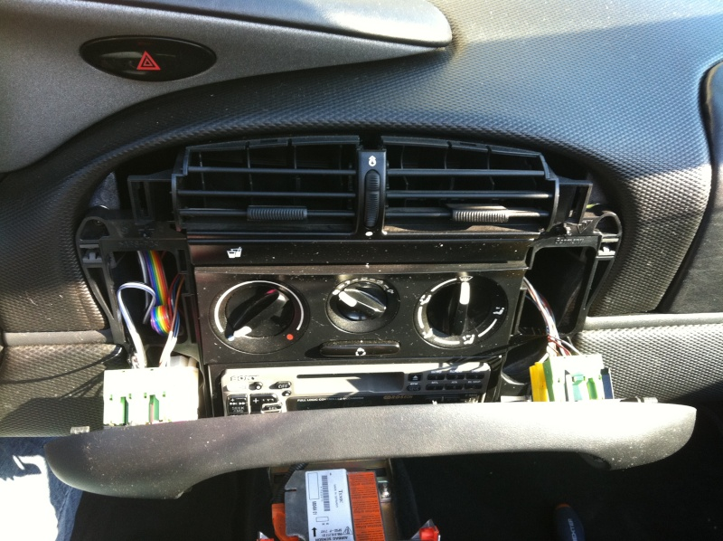 Installation d'un Autoradio Double Din GPS Universel AS8101 [Dispo ICI !] - Page 4 Img_1314