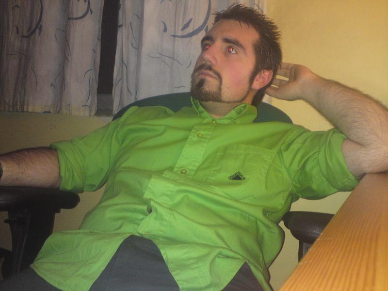 The Trombi ! Go upload your face :p - Page 4 Dsc00510