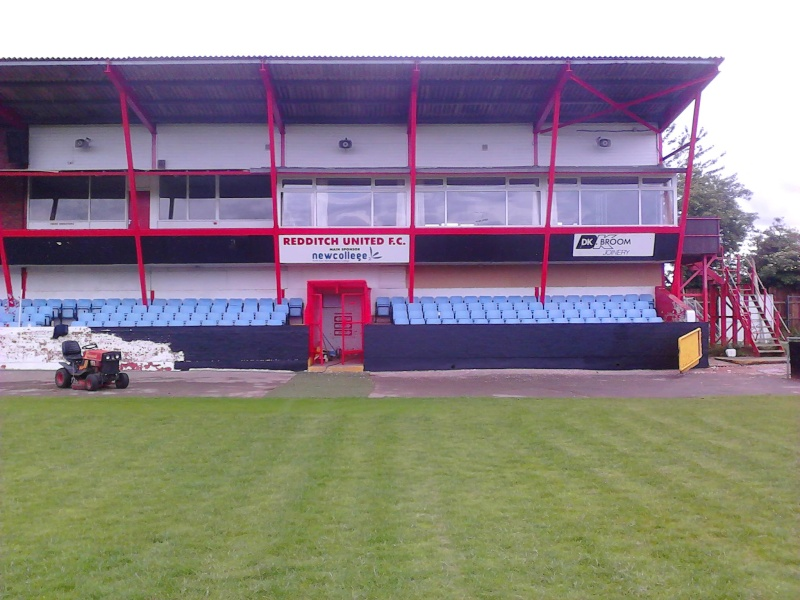 Painting the main Stand 2011-063