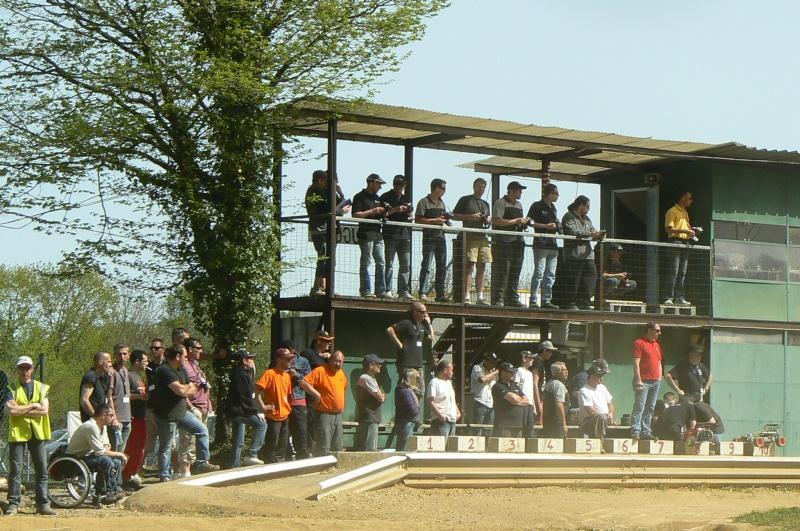 ICI Reportage live 1ère manche de CF 2011 à Besançon - Page 4 P1220316
