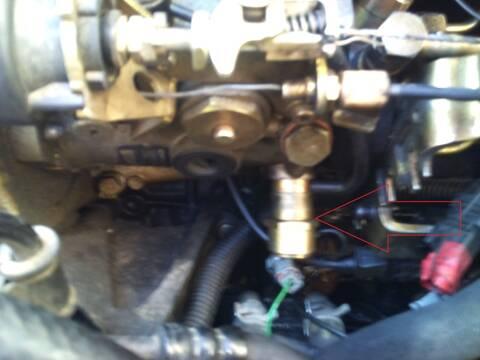 PEUGEOT PARTNER 1.9D an 2001 ] fuite pompe injection + fumée ...
