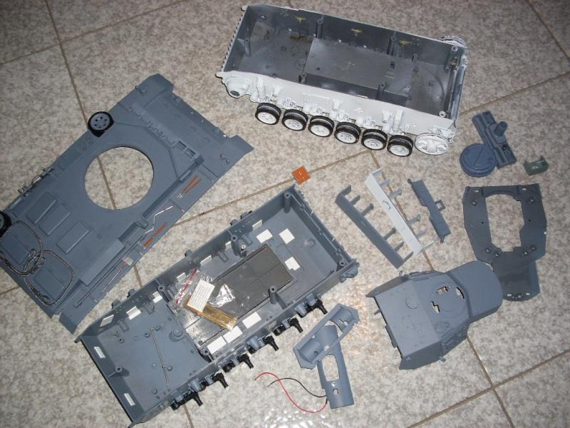 pezzi panzerIII heng long Sdc10011