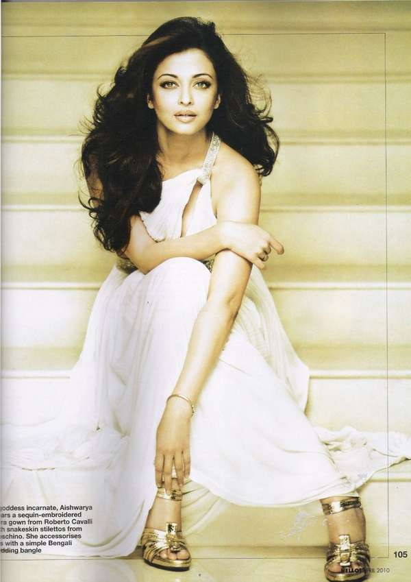 Aishwarya Rai Bachchan - Page 7 12709212