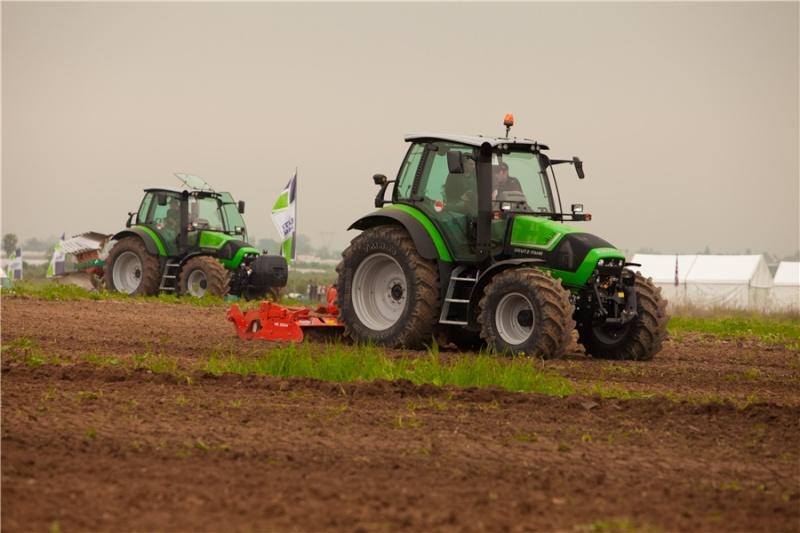Deutz-fahr Agrotron TTV 410/420/430 1049311
