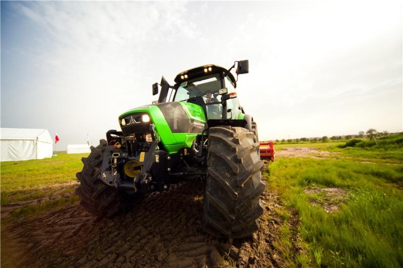 Deutz-fahr Agrotron TTV 410/420/430 1049512