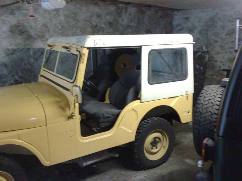 carburant pour moteur essence 4 cyl de 1971  jeep CJ5 +huile 01062010