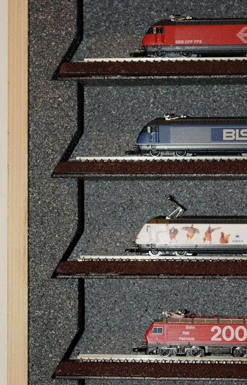 Rangements, vitrines Dsc01615