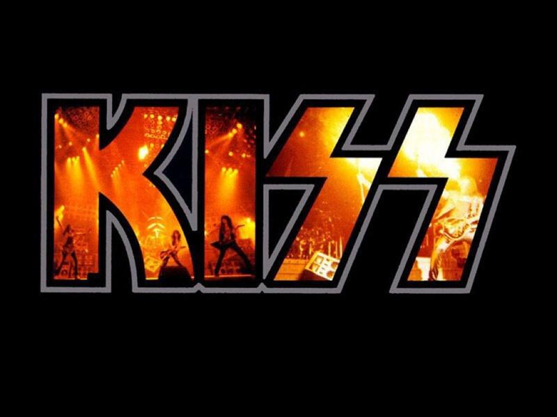 Vos chanteurs/chanteuses ou groupe favoris Kiss-a10