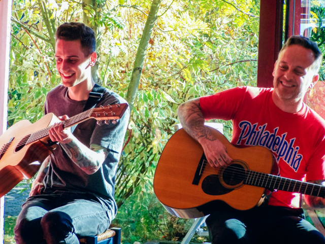 Rankers and Rotters presents: Intimate House Shows with Dave & Tim Hause (Richmond, Hamburg, Vienna) Dave_h14