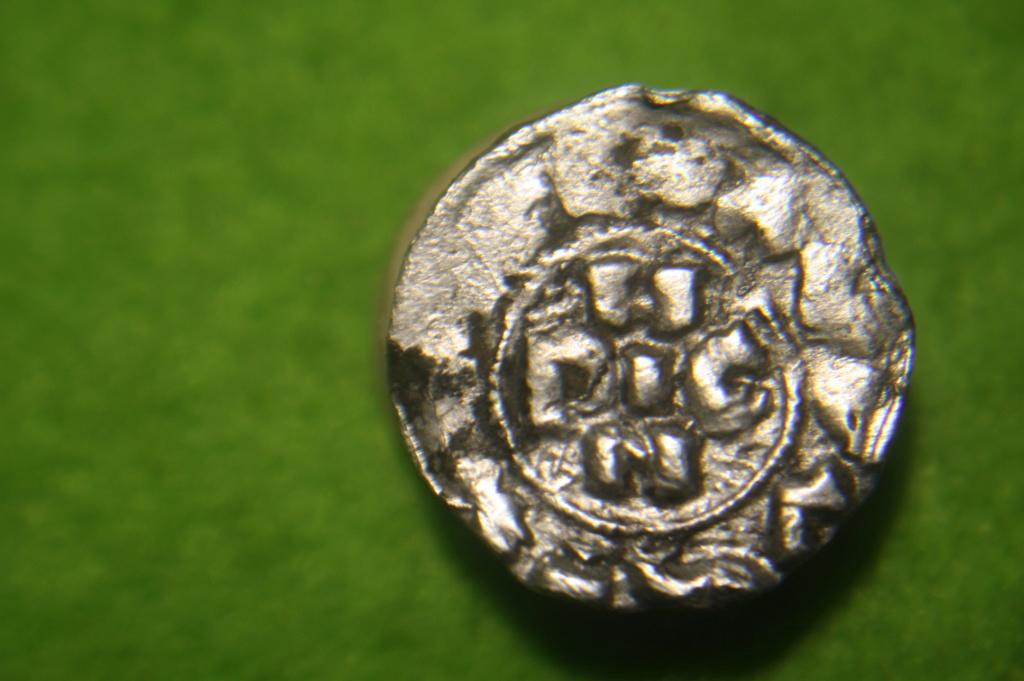 Denaro di Pavia pour Henri (Enrico) II di Franconia 1056-1106 à Pavie Img_3112