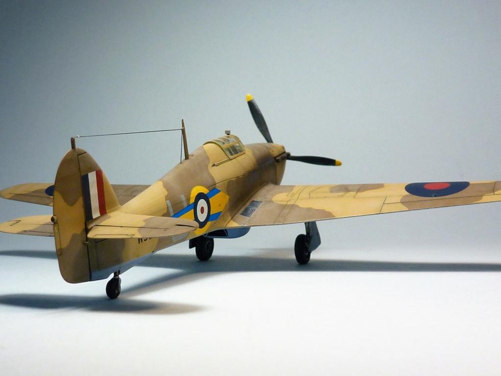 (Arma Hobby) Hurricane Mk I trop - RAF Sq 73 - 1/72 P1070714