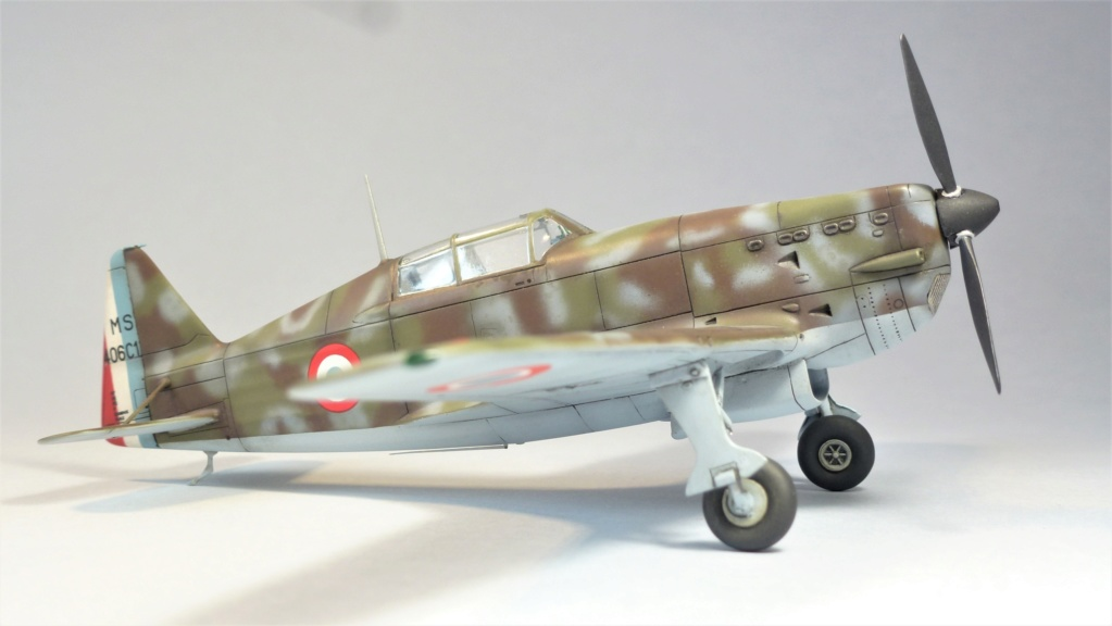 Morane Saulnier MS410 non identifé - Villacoublay - Juin 1940 - Maquette AZUR 1/72 P1100425