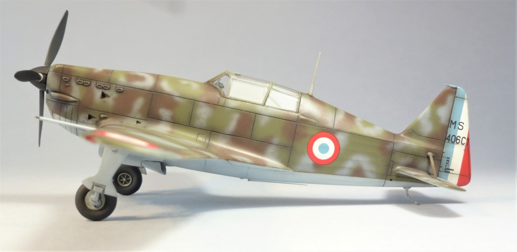 Morane Saulnier MS410 non identifé - Villacoublay - Juin 1940 - Maquette AZUR 1/72 P1100427