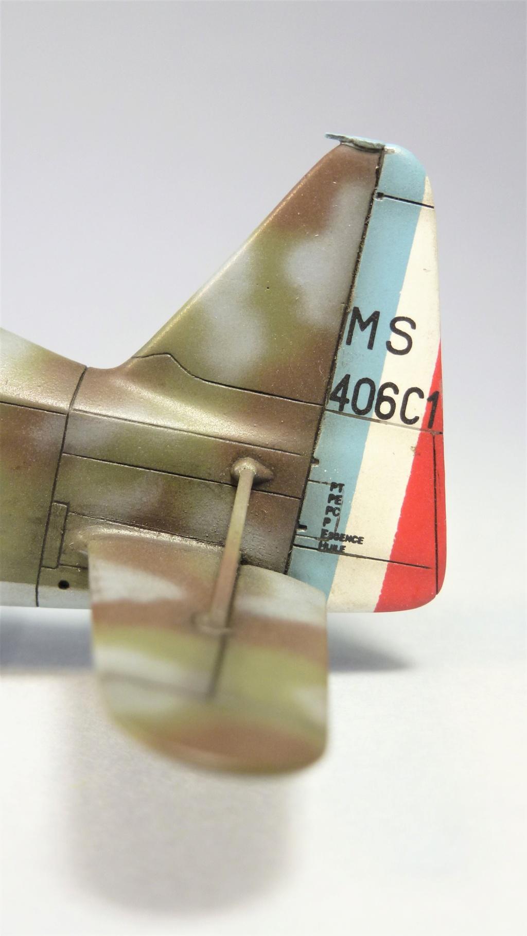 Morane Saulnier MS410 non identifé - Villacoublay - Juin 1940 - Maquette AZUR 1/72 P1100439