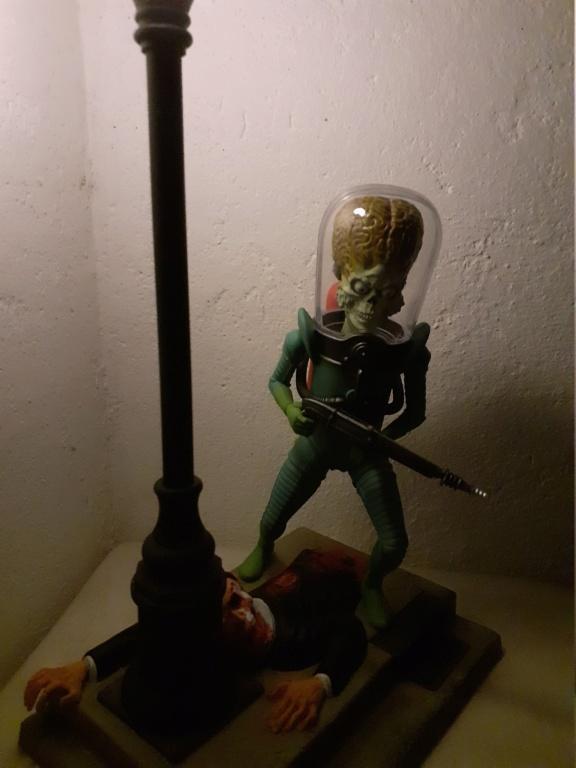 figurine mars attacks  1/8  Moebius 20210323