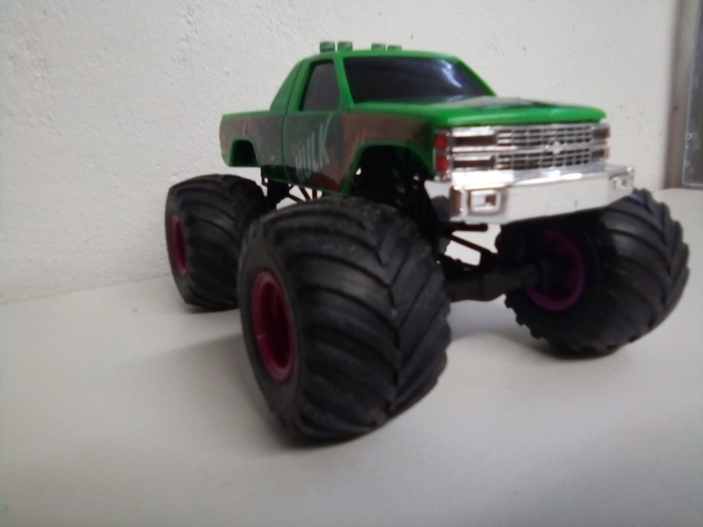 usa 1 Monster truck amt 1/25 Img_2116