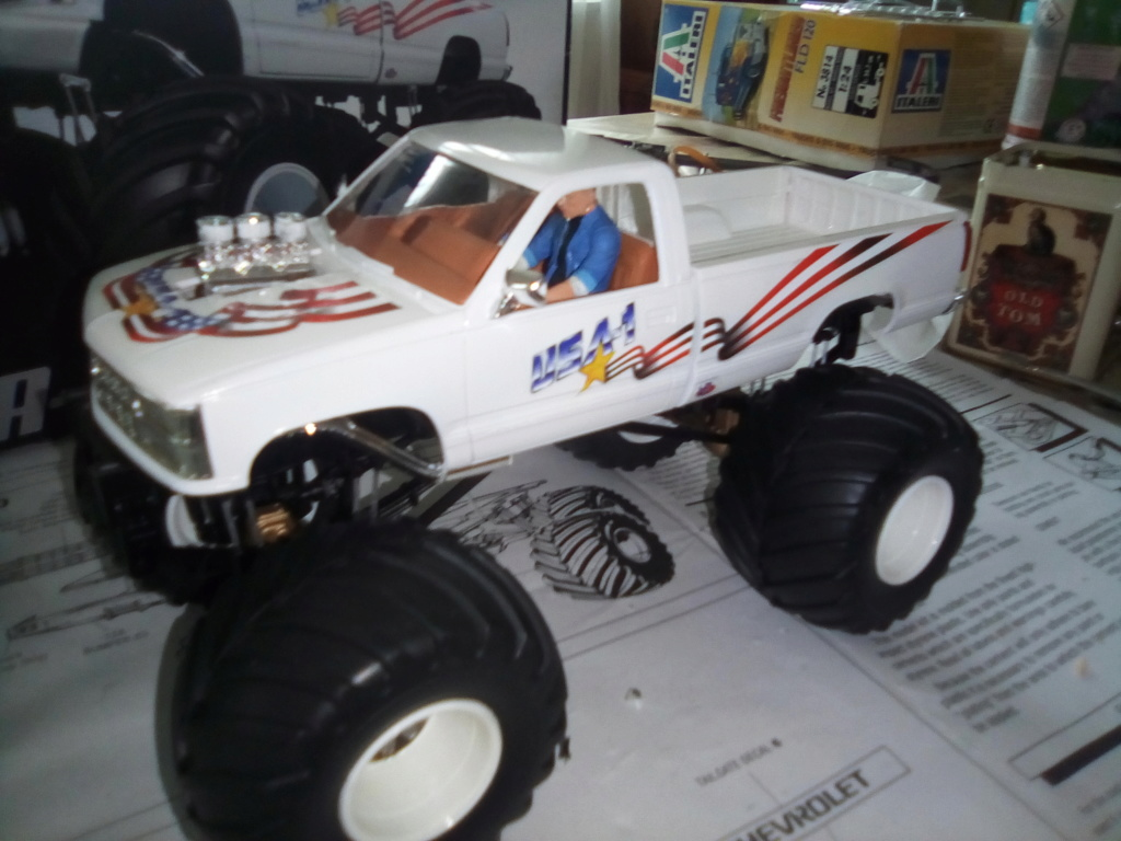 usa 1 Monster truck amt 1/25 Img_2121