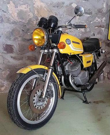 Une jaune à remettre en route (350) 05493410