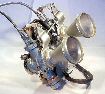 Motobecane 125 LT1 74 - Page 2 Carbur10