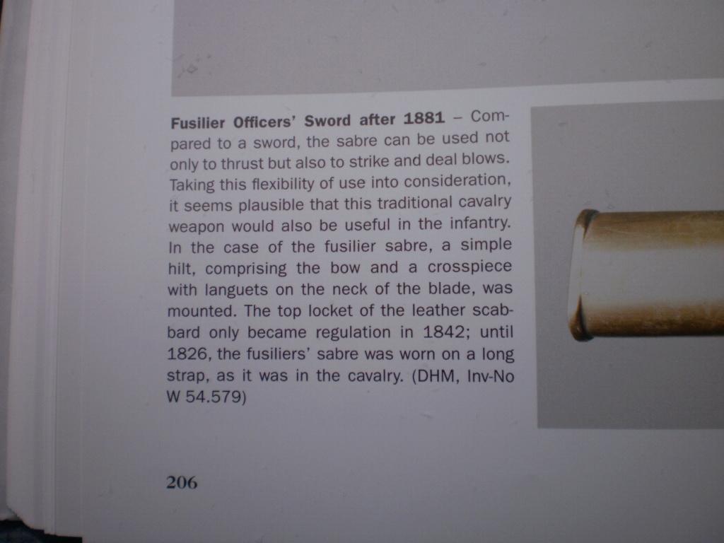 SABRE  d'officier des Rgts de  FÜSILIERS  , lame damas . 01910