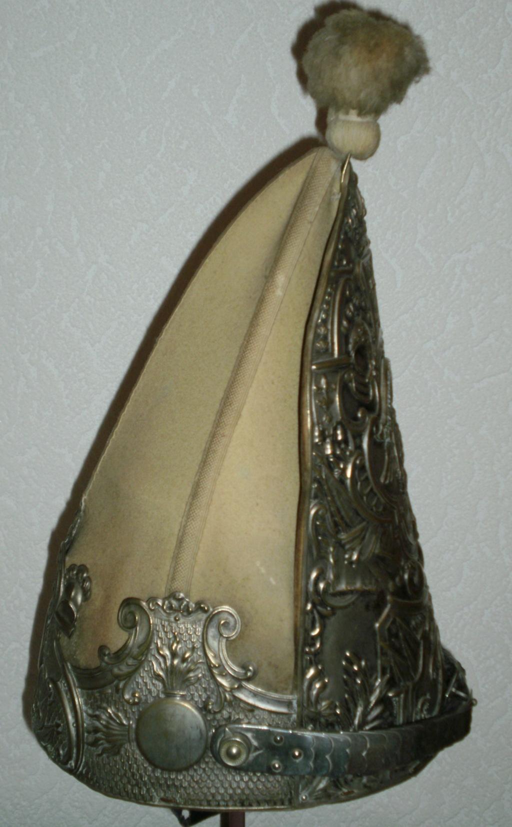 casques du 1er régiment de la °GARDE à PIED° 718