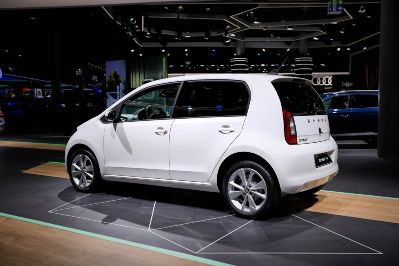 2011 - [VW/Seat/Skoda] Up!/Mii/Citigo - Page 38 004f5210