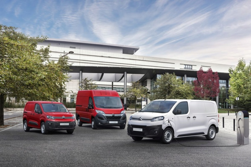 2016 - [Citroën/Peugeot/Toyota] SpaceTourer/Traveller/ProAce - Page 38 00d76410