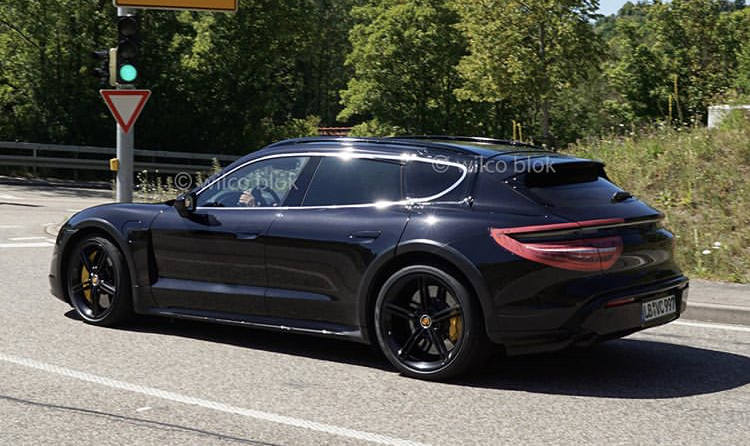 2020 - [Porsche] Taycan Sport Turismo - Page 2 01538a10