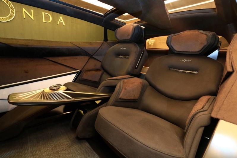 2018 - [Aston Martin] Lagonda Vision Concept  - Page 2 01bc6410