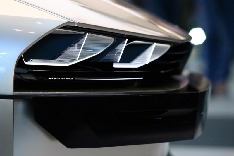 2018 - [Peugeot] e-Legend Concept - Page 14 03f6c510