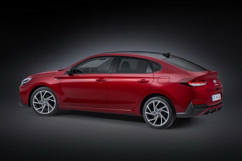 2020 - [Hyundai] I30 III 5p/SW/Fastback Facelift 04048110