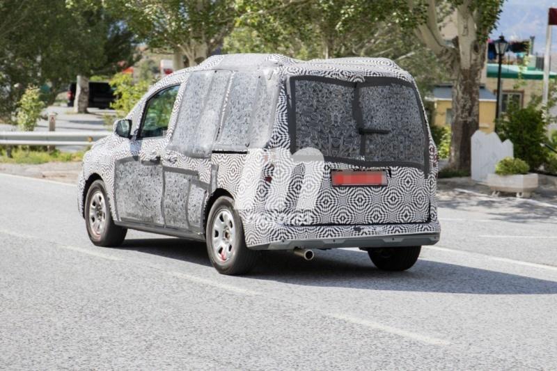 2020 - [Renault] Kangoo III - Page 15 05993a10