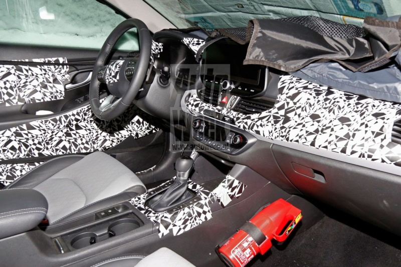 2020 - [Hyundai] I30 III 5p/SW/Fastback Facelift 06248b10