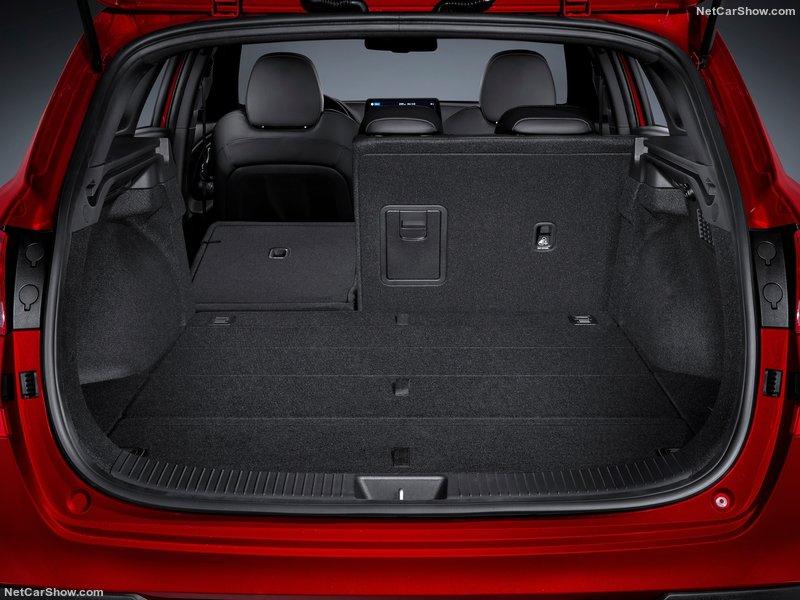 2020 - [Hyundai] I30 III 5p/SW/Fastback Facelift 06732510